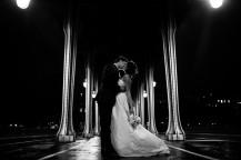 photos de couple de mariage pont Bir Hakeim