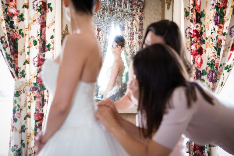 habillage robe mariée