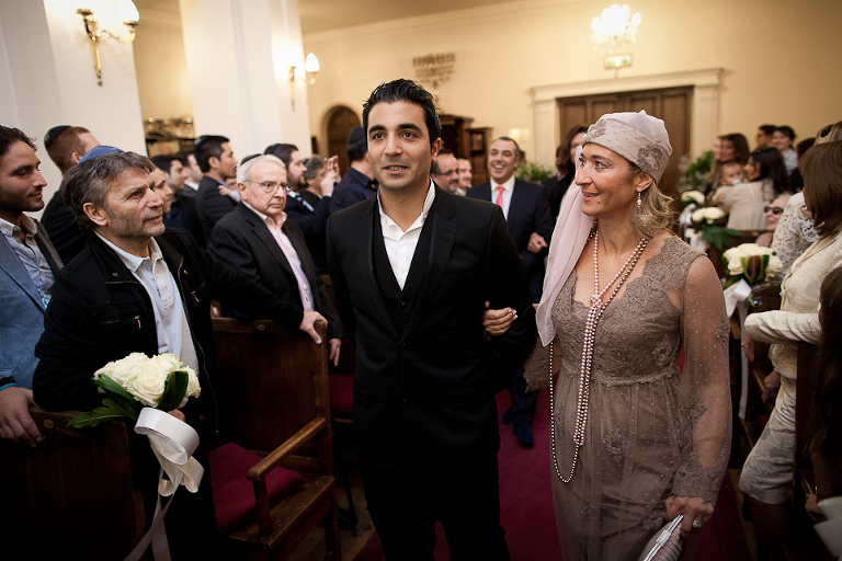 Entrée du marié juif à la synagogue