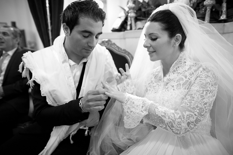 l'alliance lors du mariage juif