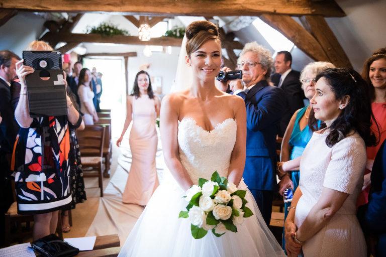 Arrivée de la mariée à l'église